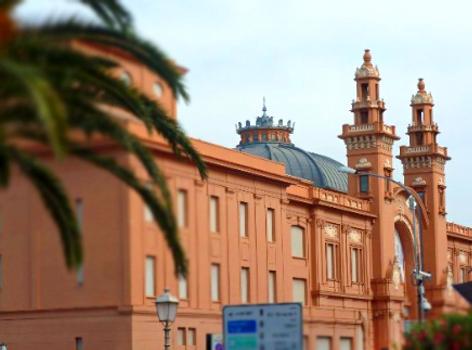 Teatro Margherita lungomare Bari