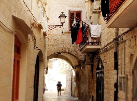 vedere strade di Bari Vecchia