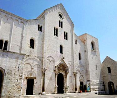 Basilica di San Nicola Bari Puglia