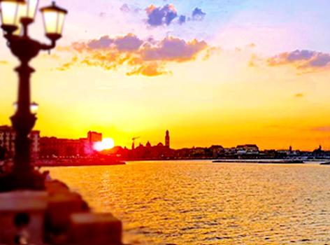 Alba e tramonto Bari Puglia