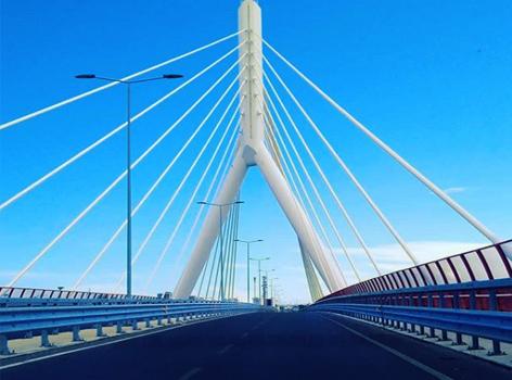 Ponte Adriatico Bari Italia