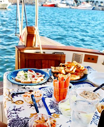 Gita aperitivo in Barca Bari Puglia