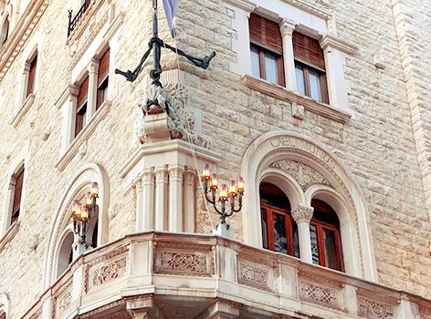 Palazzo dell'acqua Bari Puglia