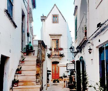 Visitare Locorotondo Puglia Italy