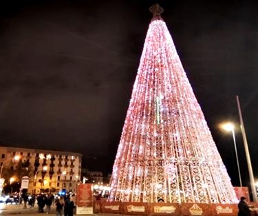 Natale a Bari lungomare luci