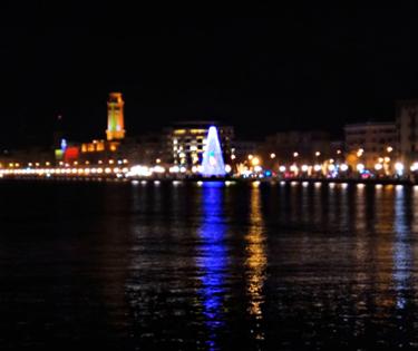 Albero di Natale lungomare Bari