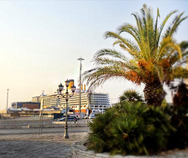 Porto di Bari Crociere Traghetti