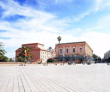 Infopoint turistico Piazza del Ferrarese Bari
