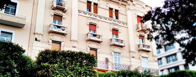 Col naso all'insù in Corso Cavour: gli stili architettonici dei palazzi di Bari