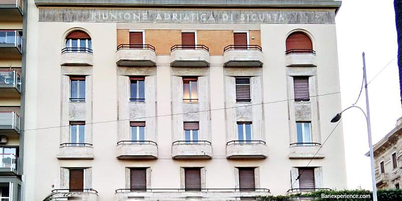 Stili architettonici palazzi storici Bari