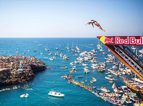Tuffi Red Bull Polignano a Mare